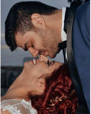 couple couplegoals followers groom inlove justmarried kiss like4follow liketime love married redhead wife
