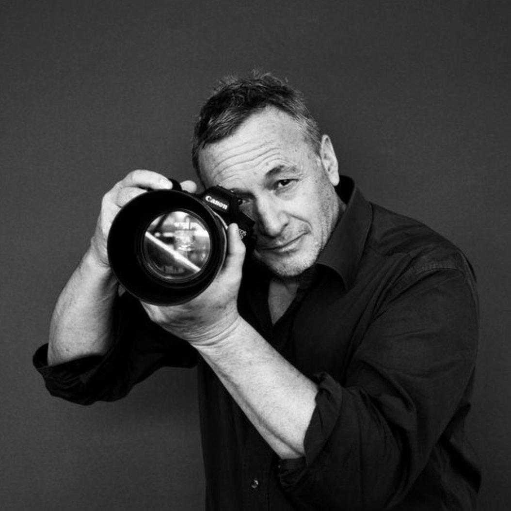 Avatar image of Photographer Paul Oatway