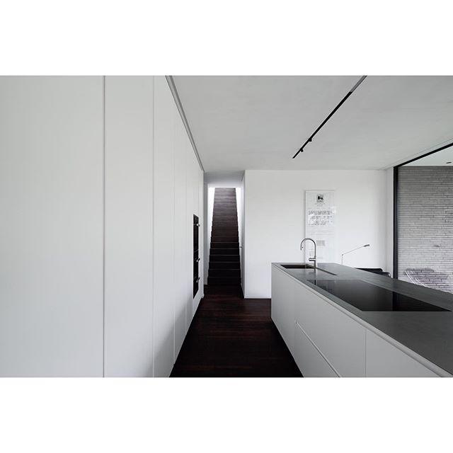 architecturalphotography interiordesign architecturephotography archispace minimalistarchitecture architecture archdaily interiorphotography kitchendesign minimalism