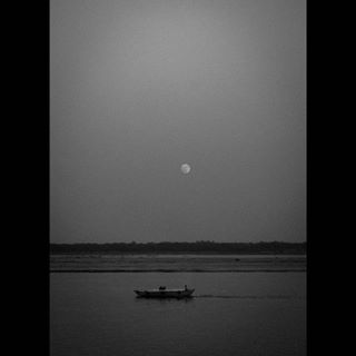 bw_beautiful_landscapes photography indiaphotoclub bnw_city_streetlife indiaphotostory monochromeindia monochromeindia2017 monochrome lifeofatraveller streetsofindia streetphotographyinternational indiaphotoproject bw_perfect bw_society bnwshot bnw_india streetphotographyindia zonestreets blackandwhitephotography photostory bw photographers_of_india streetshot bnw photojournalism