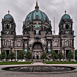 map_of_europe travellife reisenmitkindern germany exploreberlin berlin interrail städtetrip berlinerdom hauptstadt backpacking reiseblogger deutschland mitkindimrucksack travelblogger dom lebenmitkindern architektur