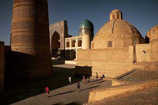 travel brigittewomanmagazine kalonminaret brigittewoman buchara reise usbekistan
