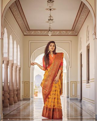 wear traditional style shoot portraitphotography portraitmood portrait outfit model ketikasharma_fc igramming_india framesbyankit fashion dslr captured canon70d