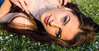portraitphotographer portraitphotography portrait southendonsea blossom promodelingapp beauty modelshoot goldenhour essexmodel essex springtime model photoshoot sunshine