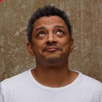 Avatar image of Photographer David Vendryes