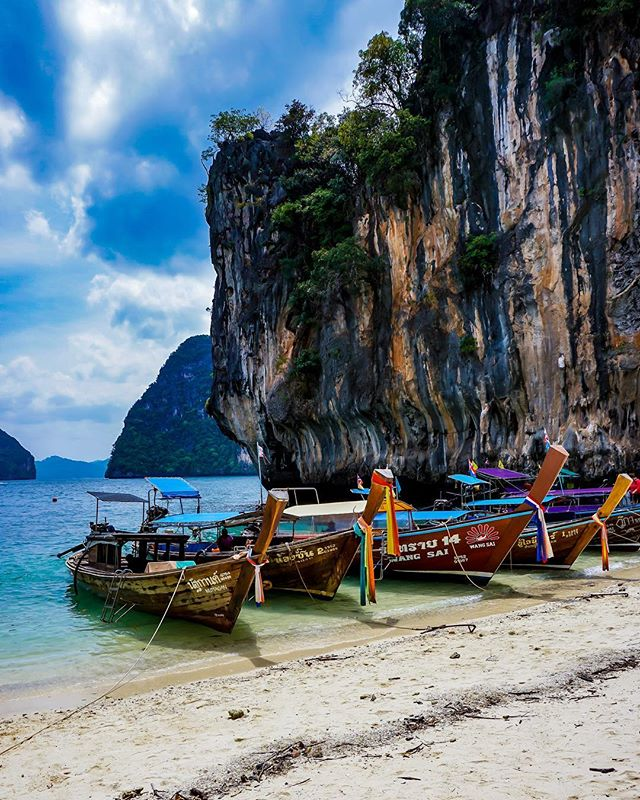 picoftheday travelblog longtailboat photooftheday travelblogger krabi instaphoto ladingisland beach photographer travel beautiful vacation scenery traveldiary photography sony instapic alpha6000 sonya6000 traveldiaries thailand