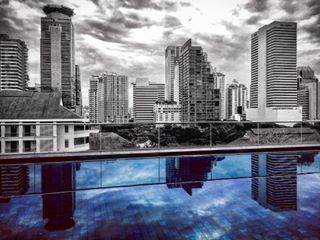 photography thailand bangkok photodaily tbt pool vacation skyscraper view photoart blackandwhite