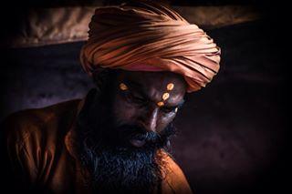 film bani india bindi shooting 50mm shiva canon70d turban baba faces beard temple adobelightroom chillum kashmir filmmaking portrait hash peace life