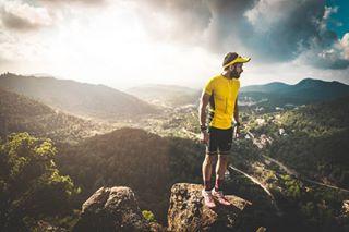 sunrise running travel portrait landscape nature mountains ultratrail trailrunning lifestyle photography motivation