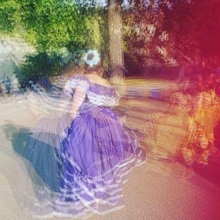 Suiza ginebra protesta contradictador traje baile Nicaragua folcl grupo