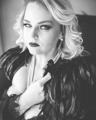 beyourself bossbabe boudoir boudoirfotografstockholm boudoirinspiration boudoirphotography celebrateyourself empowerment fierce fotogeschefranzen fotografstockholm loveyourself sassy youdoyou