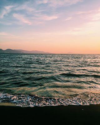 autunno landscape tramonto fiafers vscoitaly cielo spiaggia italia autumn bellezza paesaggio sunset instagramer sky mare sea whatitalyis igersitalia igerscampania torreannunziata donnamodernainviaggio italy vscocam instagrammer vsco instagramitalia vscogood