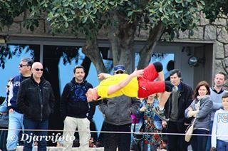 airelibre barcelonata bcn camaraenmano circo deporte diadefotos escapadas espectaculos piruetas playa salto slackline