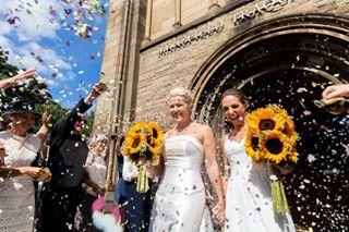 sunflowers wedding love gaymarriage pride🌈 weddingdress reportage brides couple documentary twobrides marriage lovestory scotland pride bridesbouquet weddingphotography