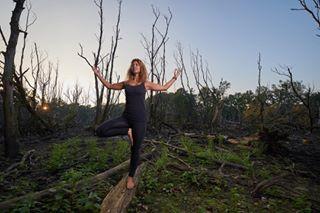 yogagirl onlocation outdooryoga nikondeutschland yoga yogachallenge yogalove outdoor