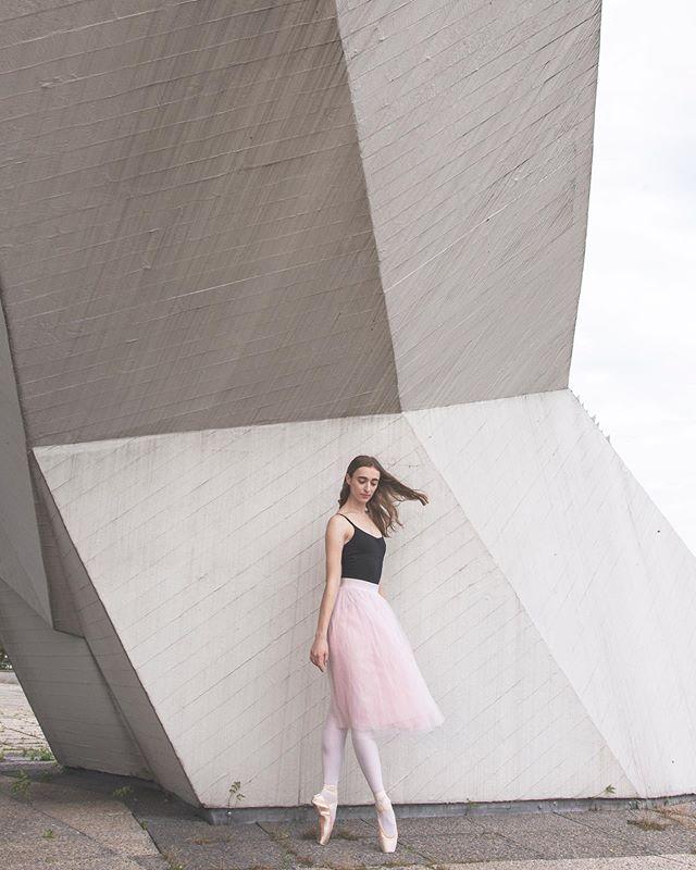 ig_berlin delicate architecture pink dance inspiration ballerina femalephotography beauty photography berlin grace model beazymeetup