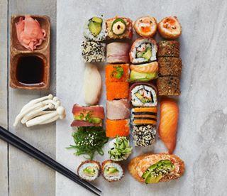 sashimi soy sushi montrealphotographer foodporn montrealsushi montrealfood foodphotography montreal