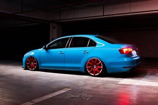 jettamk6 automotivelife parking canon miamiblue danielneagu vwjetta automotivephotography romania airride bagged germancars low stance photographer vw night lightpainting bentleyrims fotografie yongnuo360ii automotive mk6 onair undergound