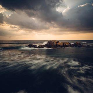 lovinglanka srilankatravel sonyalpha voigtländer nature wanderlust sea coast 15mm galle srilanka longexposure wonderlustsrilanka sonya7