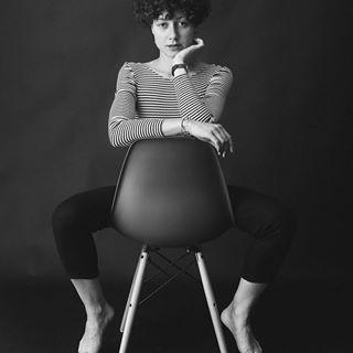curls eames blackandwhite chair studio stripes bw momo love primelens sonya7