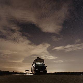 wanderlust vanlife travel stars sonyalpha portugal night longexposure canonlens camperlife 24mm