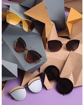 bilicvisionoptika sunglassesfashion setdesign tomfordeyewear fendieyewear eyewear ditaeyewear elle optikabilicvision fashionproduct optika bilicvision ellecroatia sunglasses productphotography productshoot
