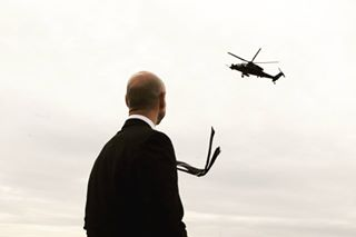 hitman chopper streetphotography magnumswapshop street everybodystreet bond tie helicopter canpubphoto