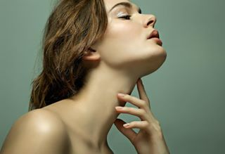 muah sparkles agencyiconcreatives beauty fashion ellenwalge lilianmerila editorial glitter