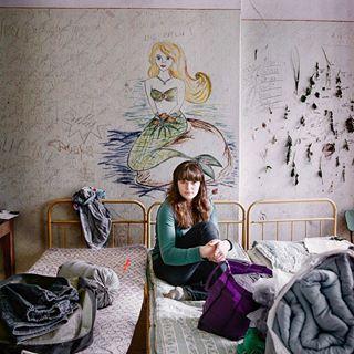 photography longing portrait interiordesign unmadebed strange rundownbuilding graffiti contemporaryart girl