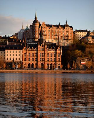 adventure åker älskarstockholm älskarsverige city citywalk colorful europe explore lovestockholm newbeginnings newcity newlife reflection stockholm sunset sverige sweden travel traveling view