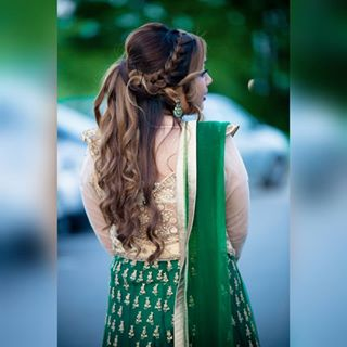 zmphotography wedding solo portrait outdoor newlyshot📷 instagood hairstyle green engaged casual bride a