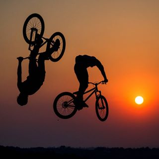 bike extreme downhill race bmx tb