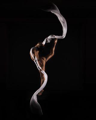 nudemodel colorfoto magiclens olharescom nudeart yogaart balletbeautifulgirls bapsaphotography balletdancer artperformance nudeballet vogue dancing messphotography mess emnomedarosa ballet challengeboxpt artphotography messphotograph yoganude ballerina yogaposses nudeartphotography