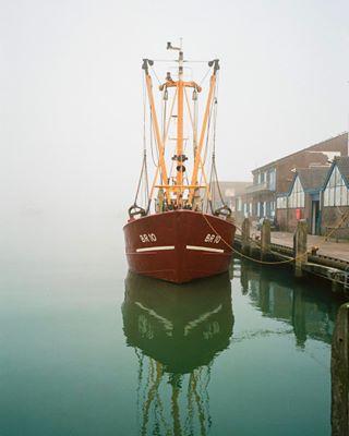 28mm 35mm analog boat breskens contax ektar100 film filmisnotdead filmphotography kodak netherlands photo photography port reflection sea zeeland zeiss