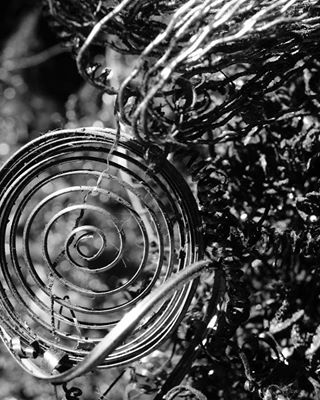 blackandwhitephoto blackandwhitephotography bnw ironcurls blackandwhitelovers closeup curls blackandwhite bnw_moon