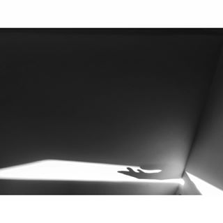 followme touch blackandwhitephoto чбфото vscoukraine vscoua чб me shadows sunlight bw geometry photography shades instafamous vscom blackandwhite bnw blackandwhitephotography lines thing hand vscomoment light mobilephotography minimalism abstract