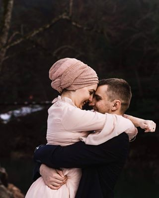 smile melikatursic happy weddingday pastel groom weddingdress elegant love happylife beatiful weddingphotomag couple belovedstories hug winter romance romantic bride couplegoals canon happiness nature purelove junbugwedding