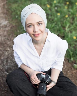 outdoors beautiful canon fashion earth_portraits portrait portrait_vision womensfashion portraitmode camera modern turban nature