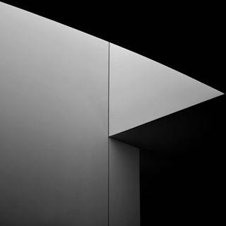 monochrome photography ig_minimalshots minimal ig_minimal minimalshot absztrakt minimalistart abstract light minimalist abstracto minimalism abstractartist abstractart minimalistic ig_minimalist lightandshadow