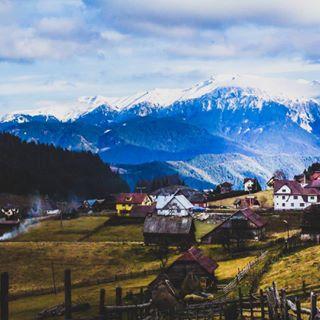 romania landscapes village fundata