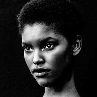 dabanda dabandamodelmanagement angolamodel blackbeauty portugalfashion topmodel canon sandrateixeira afro blackandwhite africanmodel instiesgerador portrait
