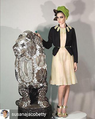 umbigomag umbigo susanajacobetty studio regrann lionstatue lion latexdress justmodels joanavasconcelos jacobettystyling fashionstory fashion art