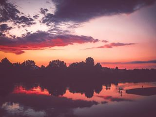 love photooftheday instagood photographylovers colorfull hometown canon_photo red photo rijekasava instagram colors photographer photography adobelightroom river vscogood bosnaihercegovina vsco likethese gradiska purple vscocam sky reflection canon burning moments