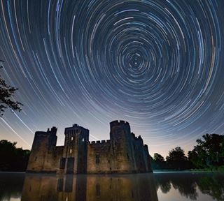 wideanglelens wideangle startrails startrailchasers stars starrynight starphotography star space sky photo nighttime night_shooterz nights_dreamworld nightscape nightphotography night_excl night landscapephotography landscape igerssussex fisheye castle canon_photos canonphotos canonphotography canon astrophotography astronomy astrography_ astro
