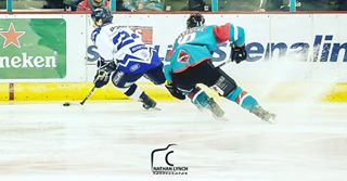 sportsphotography sports puck icehockey ice fast canon action