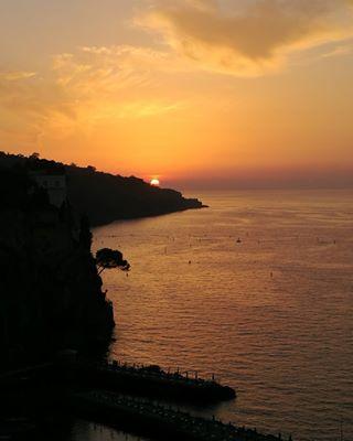 colori tramonto paesaggi tramontosulmare senzaparole sorrento nofilters campania summer estate paesaggicampani paesaggioitaliano italy italia sunset