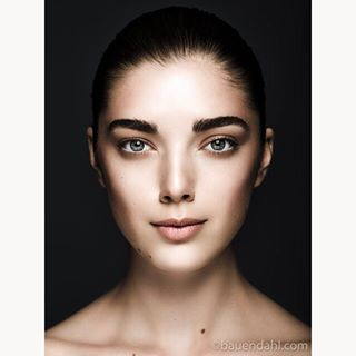 beauty beautyphotography beautyshot closeup dark makeuparts model mua photography studio studiophotography
