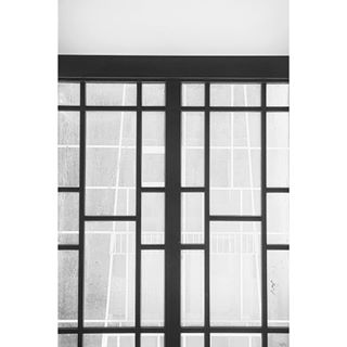 minimalism symmetry vsco city white geometry urban blackandwhite monochrome lines squareinstapic vscocam mono black vscoeurope arhitecture bw