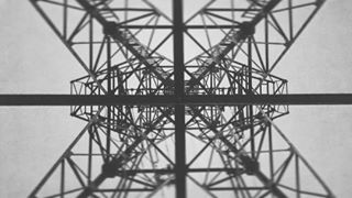 лэп urbancity transmissiontower urban nomirrors riga electricity nomirror black mono transmissionlines monochrome white blackandwhite bw geometry industrial