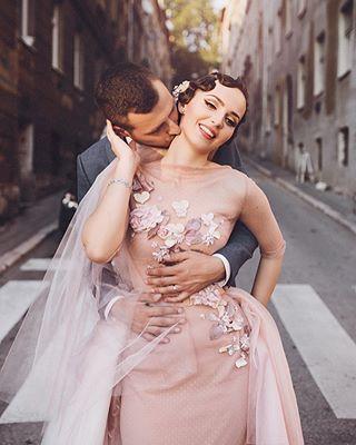 beautiful bride destinationwedding groom wedding weddingdress weddingphotography